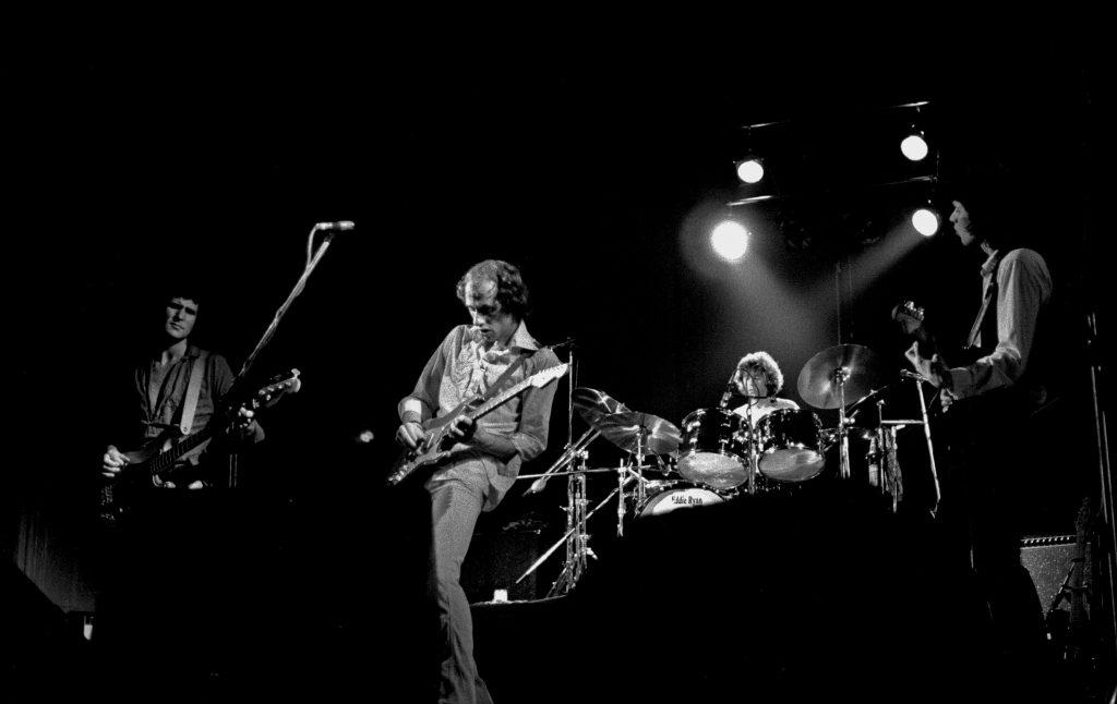 La formazione originale dei Dire Straits nel 1978, durante un concerto ad Amburgo.