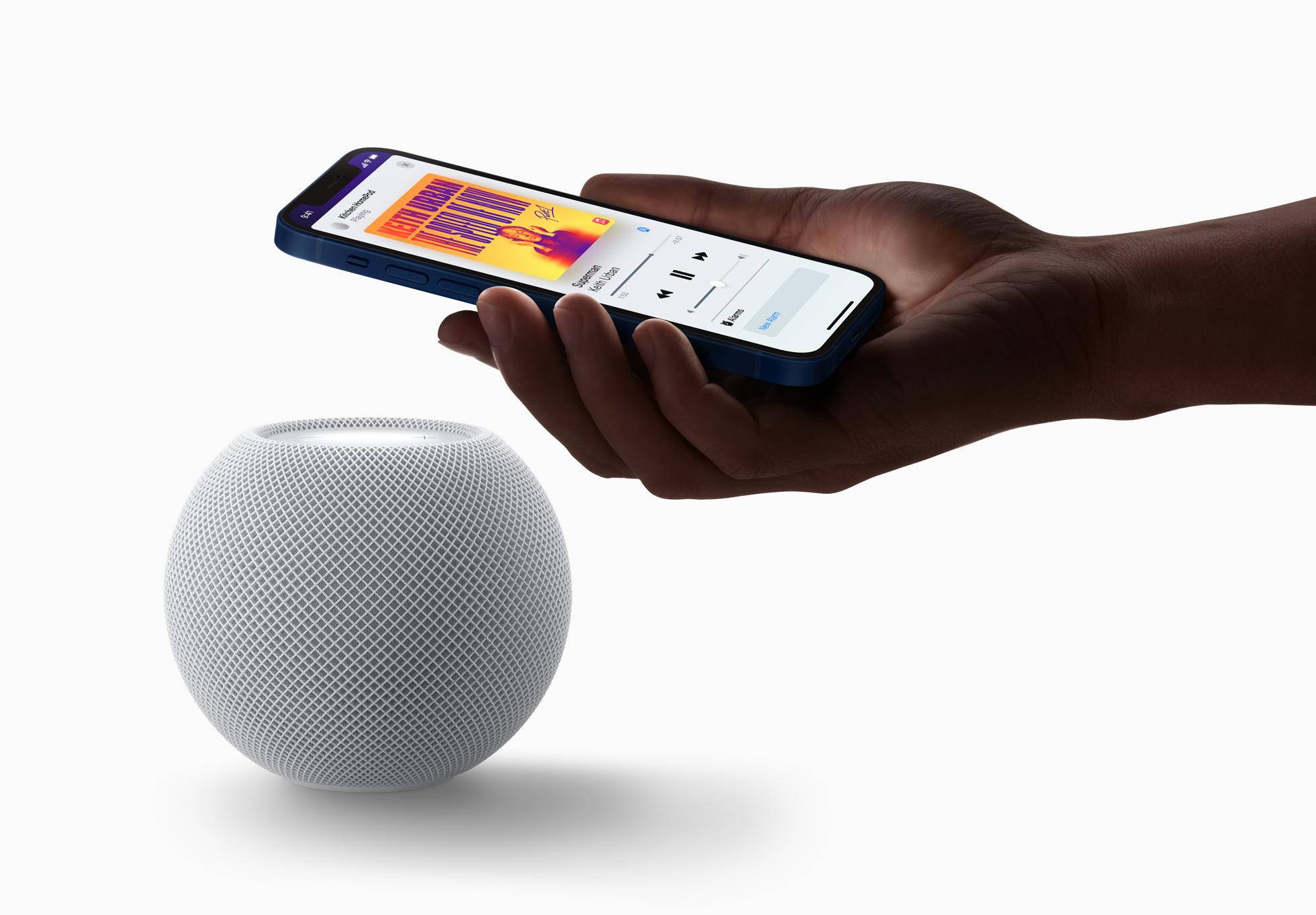 iPhone 12 Apple HomePod Mini