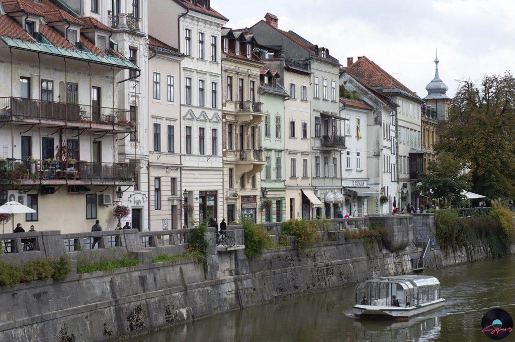 Lungo le sponde del fiume Ljubljanica